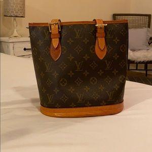Authentic Louis Vuitton Vintage Bucket bag